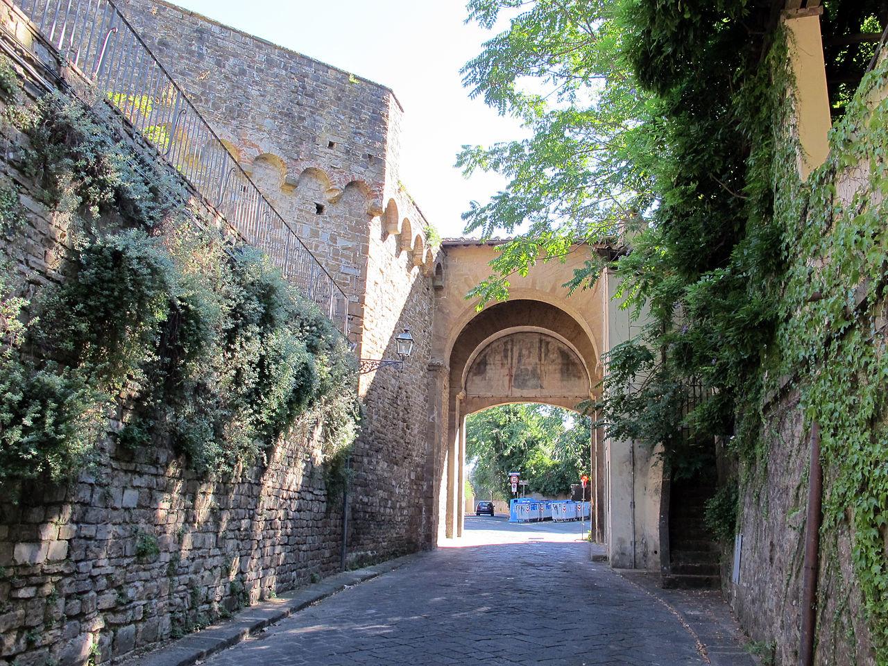 Porta San Giorgio, Veduta dall'interno