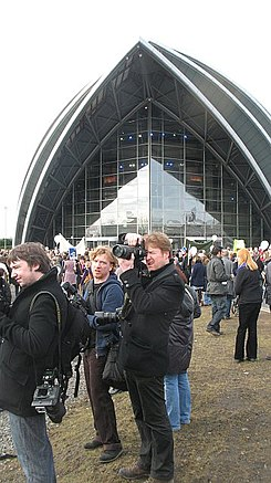 Press photographers - geograph.org.uk - 1748798.jpg