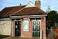 Public toilets in Abbey Gardens - geograph.org.uk - 1556078.jpg