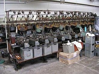 Harle Syke Mill - Image: Queen Street Mill Pirn Winding Machine geograph.org.uk 528574