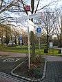 Radrevier.ruhr Knotenpunkt 42 Emscherpark Holzwickede Wegweiser.jpg