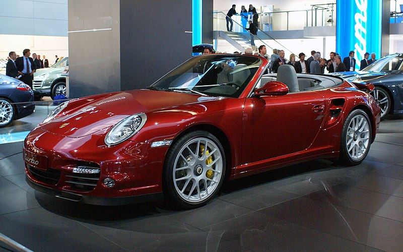 Soubor:Red Porsche 997 Turbo Cabrio (facelift) fl IAA 2009.JPG