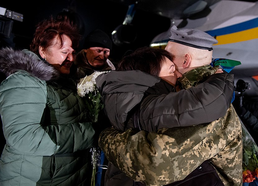 Return of liberated citizens to the territory controlled by Ukraine (2019-12-29) 019.jpg