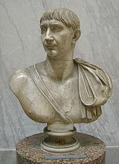 Buste de Trajan
