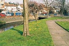 River Cray i Crayford, Kent - geograf.org.uk - 137404.jpg