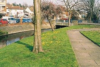 Crayford - Image: River Cray at Crayford, Kent geograph.org.uk 137404