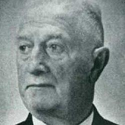 Robert Hemmrich (1871-1946).jpg