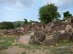 Rock formation in the Tongo Hills near Gorogo