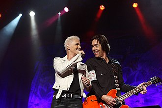 Travelling (Roxette album) - Marie Fredriksson and Per Gessle performing at the Sydney Entertainment Centre on 17 February 2012.