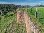 Ruins of the castle Beaucaire in Nauviale 03.jpg