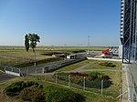 Ruzyně, terminál 2, letištní autobus.jpg