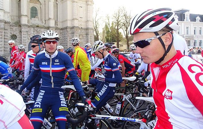 Saint-Amand-les-Eaux - Paris-Roubaix juniors, 12 avril 2015, départ (A53).JPG