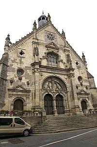 Saint-Calais - Église Notre-Dame façade.jpg
