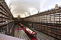 Sala de la Biblioteca Santa Cruz (Universidad de Valladolid).jpg
