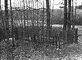 Salynas holokausto auku kapas 1984.jpg