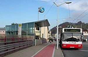 300px-Salzburg_Gnigl_S-Bahn.jpg