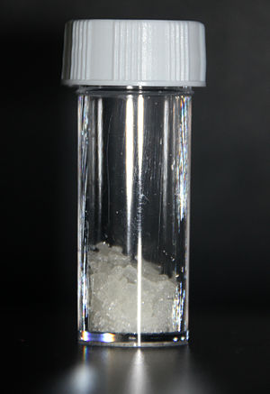 Imidazole - Image: Sample of Imidazole