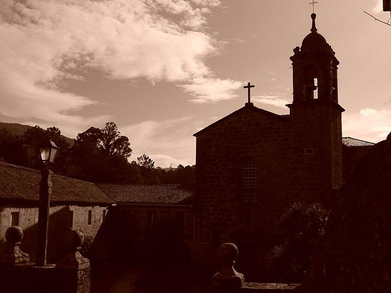 File:Santuario de Herbón - panoramio.jpg
