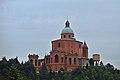 Santuario della Madonna di San Luca visto in lontananza dalla strada.jpg