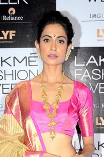 Sarah-Jane Dias on Lakme Fashion Week 2016 red carpet – Day 2 (01) (cropped).jpg