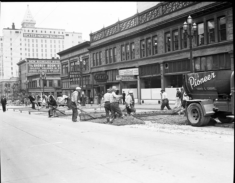 File:Seattle - Repaving Third Avenue near Marion Street, 1943 (42924297341).jpg