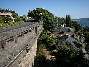 Queen Anne Boulevard - Part of Queen Anne Boulevard can be seen here, running just inside the West Queen Anne walls