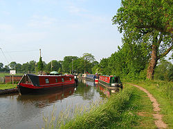 Shropshire Union Canal Wrenbury.jpg