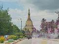 Shwemawdaw Pagoda (15138928521).jpg