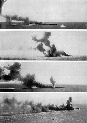 Sinking of carrier Shoho during Battle of Coral Sea 1942.jpg