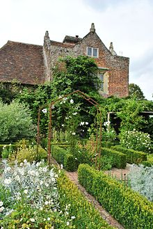 Sissinghurst Castle (15).JPG