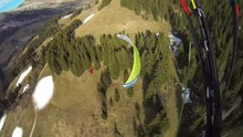Datei:Smooth line - Paragliding Proximity Flying.webm