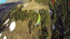 Податотека:Smooth line - Paragliding Proximity Flying.webm
