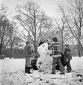 Sneeuwpret in Monnickendam, Bestanddeelnr 929-4742.jpg