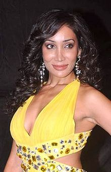 Sofia hayat colors indian telly awards.jpg