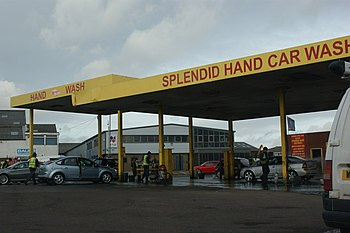 English: Splendid Hand Car Wash