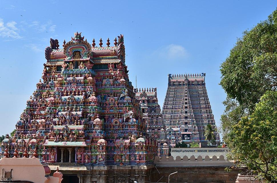 Sri Ranganathaswamy Temple, dedicated to Vishnu, in Srirangam, near Tiruchirappali (28) (37464519366)