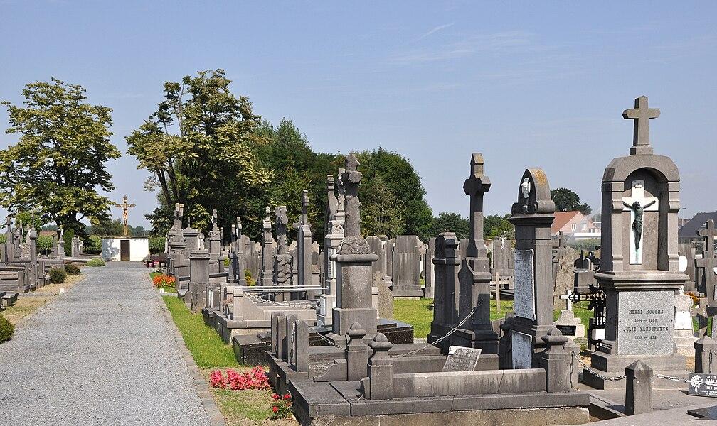 Staden (Province of West Flanders, Belgium): municipal cemetery