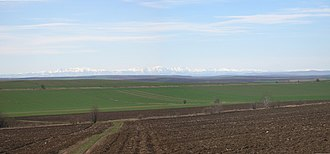 Danubian Plain (Bulgaria) - View across the Danubian Plain towards the central Balkan Mountains 90 km away