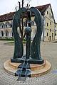 Stegersbach, Burgenland, Österr. - DREI WÄCHTERINNEN - Brunnen.jpg