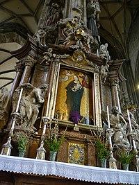 Жіночий вівтар із чудотворною іконою «Марія у променях сонця» 94faa487c70df