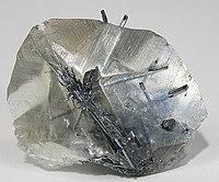 200px-Stibnite-Calcite-203075.jpg