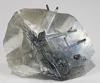 Stibnite - Image: Stibnite Calcite 203075