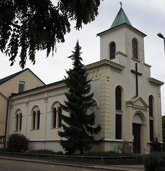 File:Stockerau Ehem. Synagoge, Evang. Lutherkirche.jpg