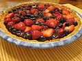 Summer Berry Pie, August 2009.jpg