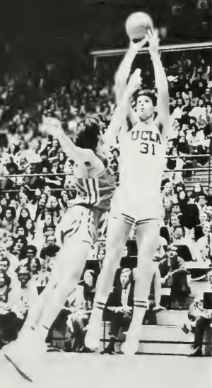 Swen Nater - Nater shooting with UCLA in 1972–73