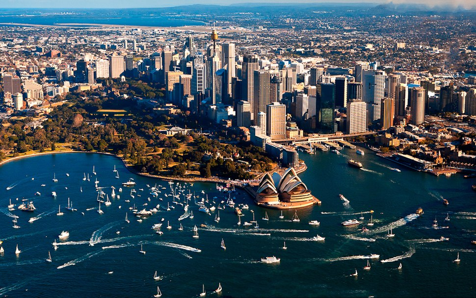 Sydney Harbour welcomes Jessica Watson