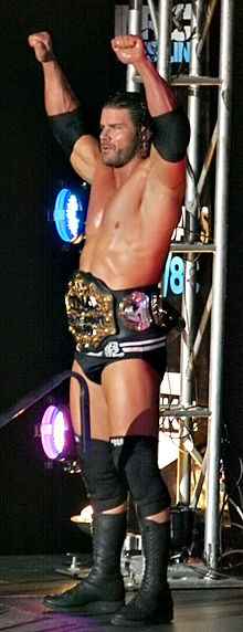 Description de l'image TNA Champion Bobby Roode.jpg.