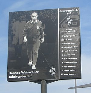 "Hennes Weisweiler - Hennes Weisweiler and the names of the players of the ""Team of the Century"""
