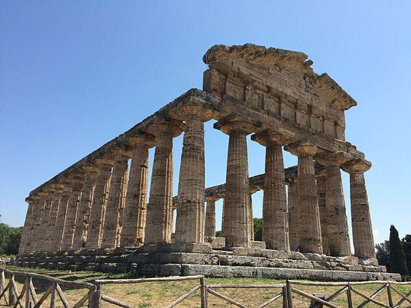 Tempio di Atena tre quarti sx.jpg