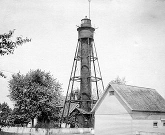 Tinicum Island Rear Range Light - The lighthouse when keeper's dwelling and related structures were still in place
